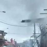 Incendio destruye al menos 20 puestos en mercado de Chincha Alta caneteenlinea.com